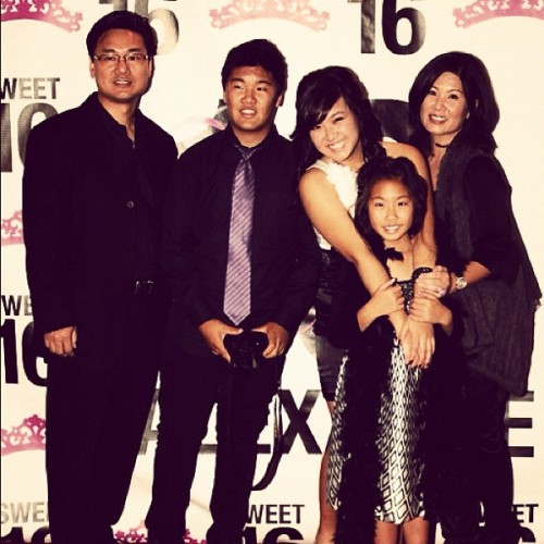 Day 15: mi familia :)) #linfieldphotoadaymay #love#family#mysupporters (Taken with instagram)