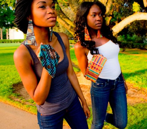 dijpoetess:  theankara:  Menugu designs on etsy…http://www.etsy.com/shop/menogudesigns   had to reblog my girls