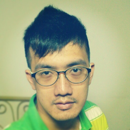 New haircut.    #self#haircut#Taiwan (來自 instagram)