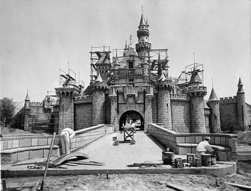 disneylandguru:  It has been questioned why Walt Disney built the castle relatively small (it only rises 75 feet above the moat), but he actually had a very good reason. He recalled that the tyrants of Europe built huge, imposing castles in order to intimidate the peasents. Disney wanted his castle to be friendly, so it was built on a smaller scale