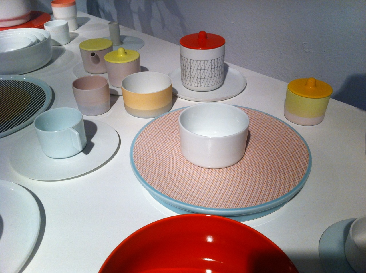 Scholten & Baijings for 1616 Arita Japan at Spazio Rossana Orlandi in Milan. By far one of my favorite palettes from my week at Milan Fuorisalone. Soft, glossy pastels mixed with matte gradients of gentle hues offset by bright poppy reds, low gloss metallics and delicate, grid-like patterns. Stunning.