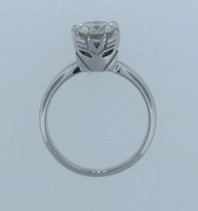 A Transformers Diamond ring! Who wouldn't say YES? :D