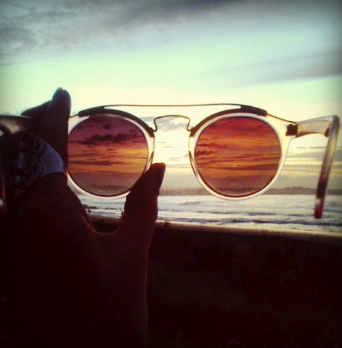 s-ummar:  rose colored glasses