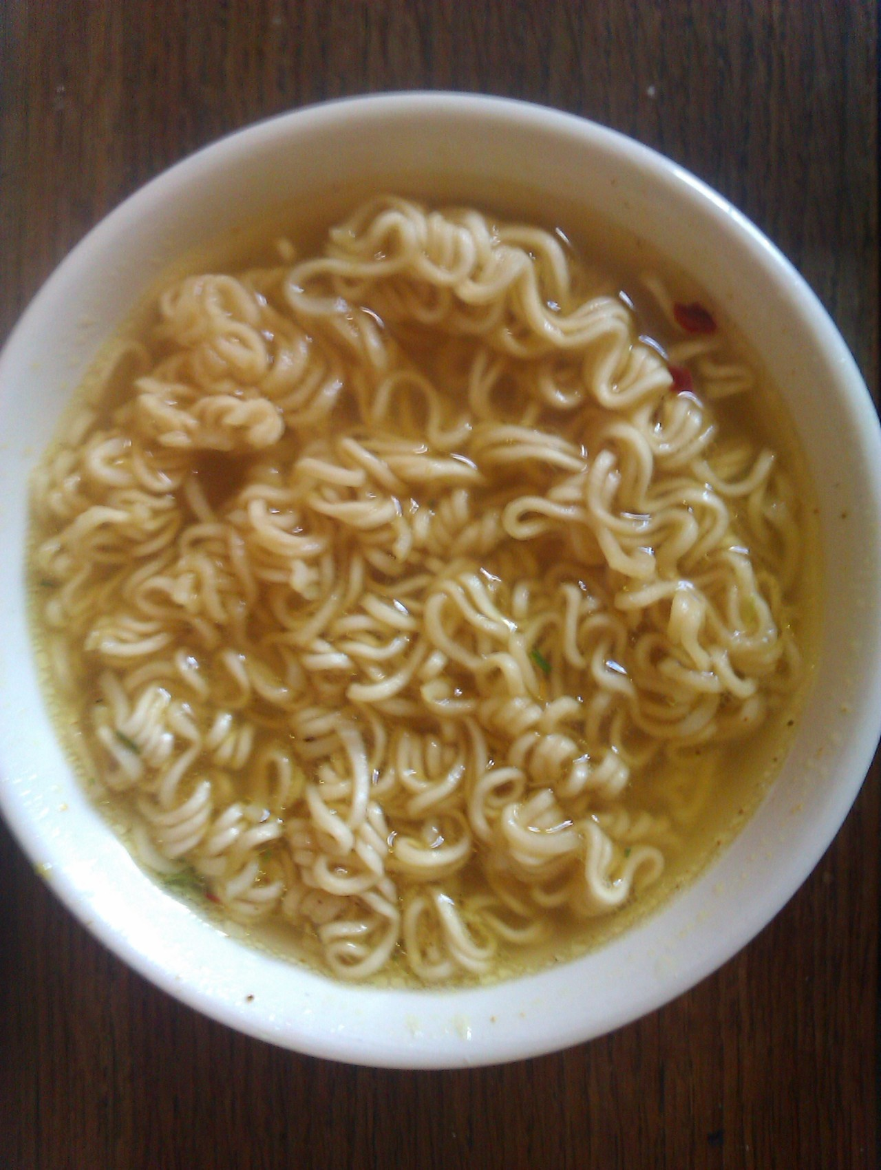 adutchfoodblog:  Finally, instant noodles.
