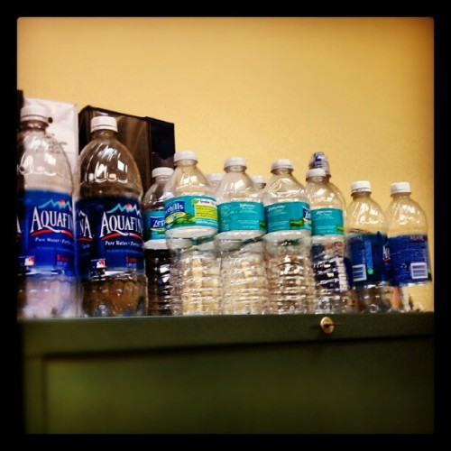 In our office, we recycle. #HumanResources #FIU @FIU #recycle #goinggreen #WorldsAhead  (Taken with Instagram at Charles E. Perry Building/Primera Casa (PC))