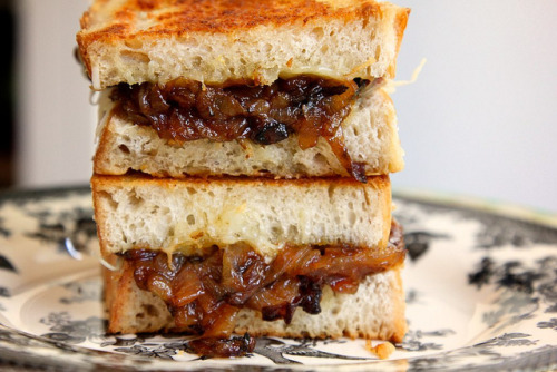gastrogirl:  french onion soup sandwiches.