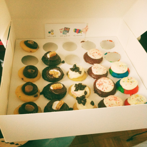 heartofrainbow:  Favourite cupcakes; baked by Melissa; too much ADORABLENESS in one box