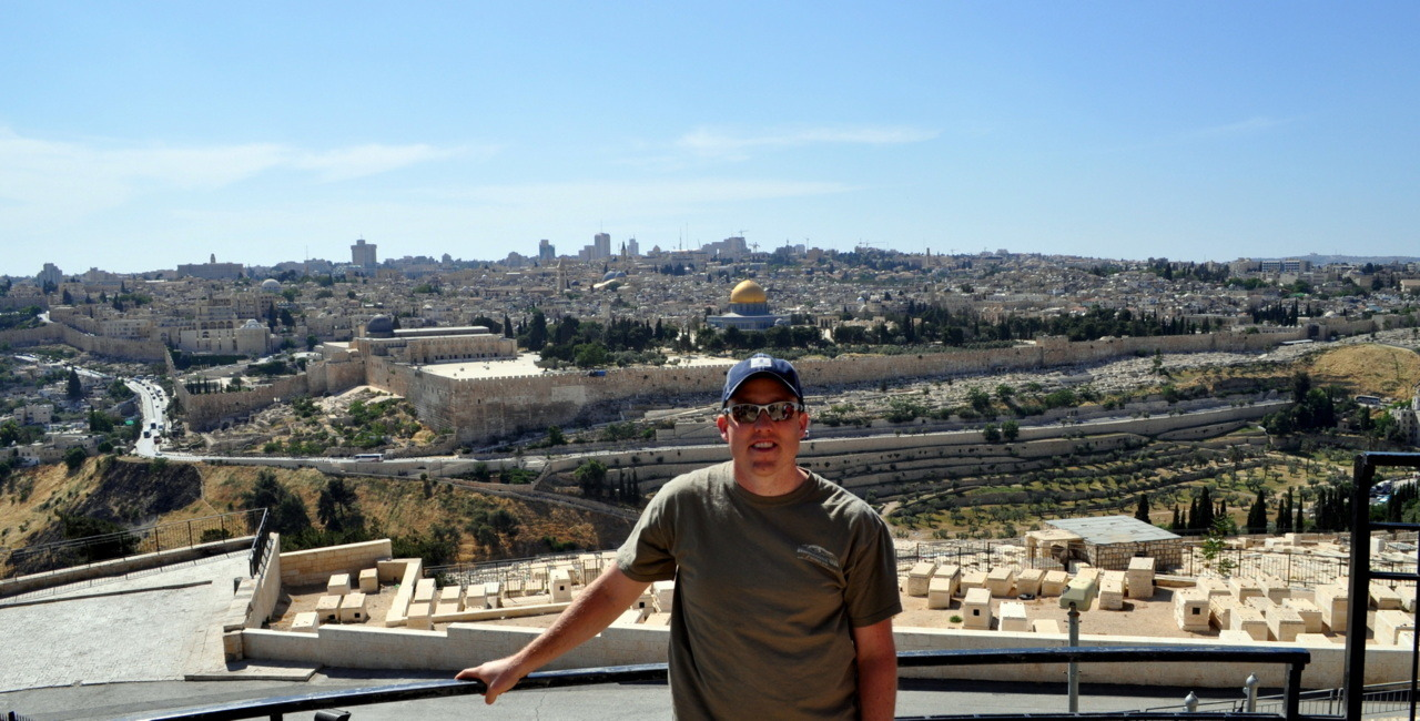 I just returned from a two week trip to Israel.  What an amazing trip and great place to visit and take pictures.
