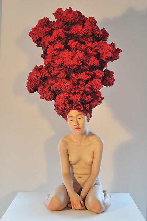 psychotic-art:  By Korean sculptor Ang