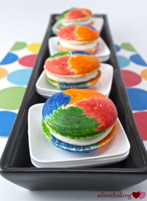 rainbow swirl macarons with marshmallow fluff.