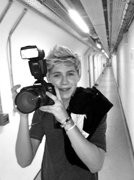 thrustmehazza:  nialler i love you