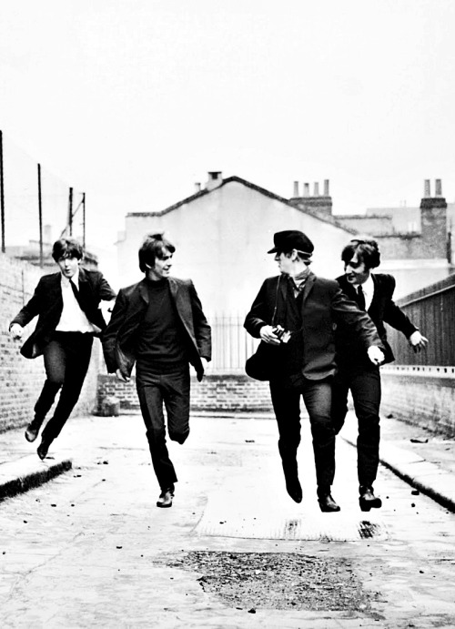 The Most Iconic Images in the Film History:  A Hard Day's Night, by Richard Lester (1964)
