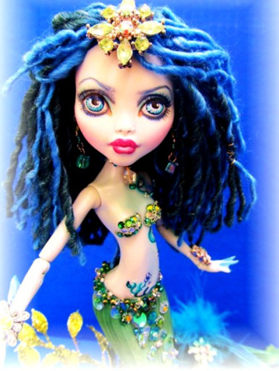 honeyhowl:  Lagoona Blue Mermaid Monster High Doll Custom by dmasi007 on Flickr.