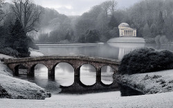 -cityoflove:  Stourhead, England via sminky_pinky100 (In and Out)