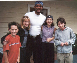 evolutional:  genies:  MEMORIES  WHY IS WILL SMITH WITH THEM OMG