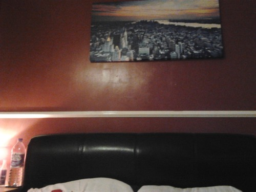 Loving the New York canvas above my bed. Bought it ages ago but just put it up. Chuffed.