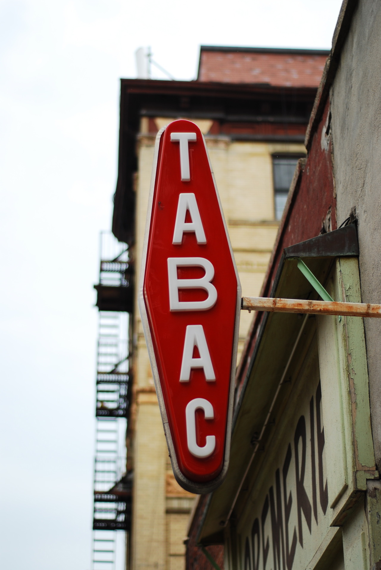 Tabac NYC © CHRIS HYUN CHOI