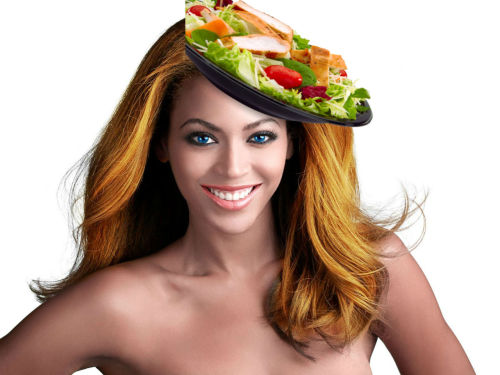 nicki-minaj-a-trois:  White Beyonce with chicken salad hat