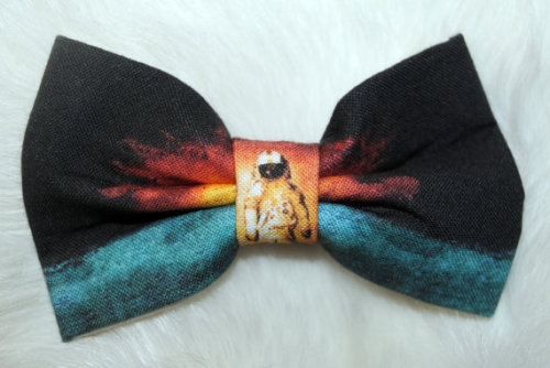 Aw, this is awesome. I definitely need a bow tie like this in my life. :)