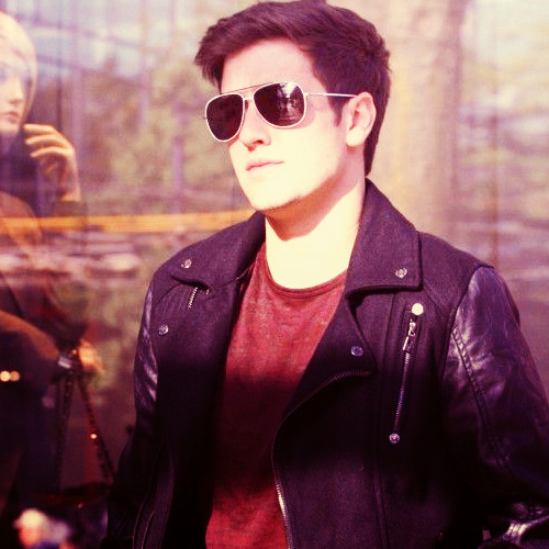 23/100 Photos of Logan Henderson ❖