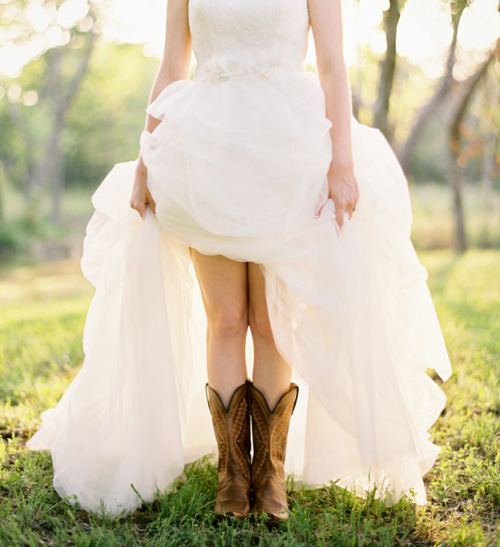 ~ ♥ everlytrue:  Belle in Boots [by Ryan Ray]