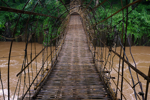 thenakedbrowneye:  Bamboo bridge to Pa Suam waterfall (by B℮n)  Posted with TumTum ♻