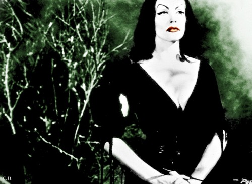 Vampira for my lovely Cat  xoxoxoxooxxo Love it!!!!