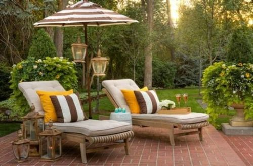 Find ways to spruce up your patio for maximum #summer comfort! - ad http://mylikes.com/l/1uCGa