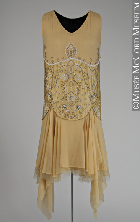 omgthatdress:  Dress 1920s The McCord Museum  I love the totally-not-a-hemline!