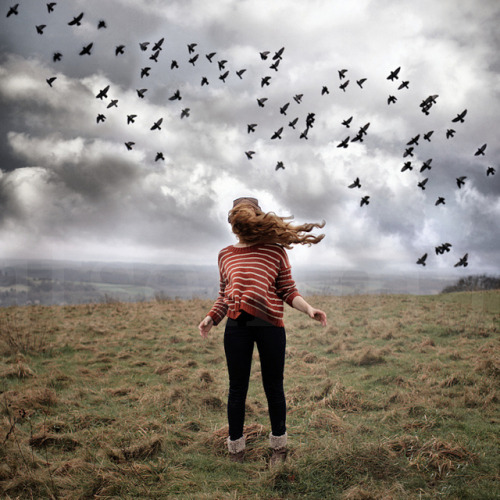 She Wanted To Fly by ItsEmma on Flickr.Dios!!!, que gran foto, ¡cuanta belleza!
