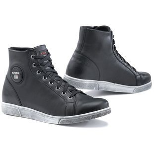 CE-certified sneakers These TCX X-Streets look like pretty normal high-tops, right? Well, they're not. With reinforced heel and toe boxes, a sturdy sole and armor over both sides of the ankles, they're a dedicated riding shoe that should give you some protection and good support in a package that won't make you look like a retarded elf.