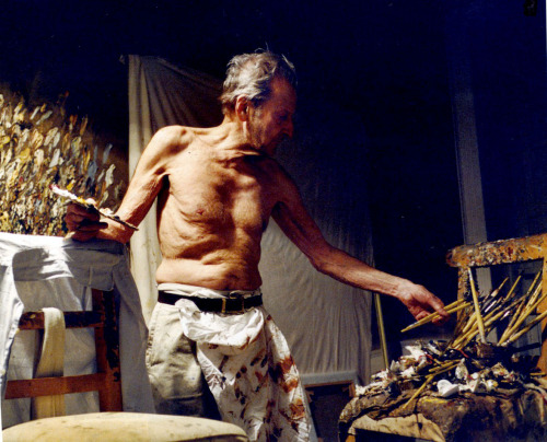 showstudio:   Lucien Freud