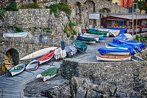 Sleeping fishing boats on Flickr. Tramite Flickr: 3 multiple exposures HDR Shots taken in the wonderful town of Manarola