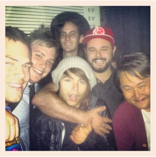 Chillin' hard with @jordanwitz (@thereadyset), @mikeziemer, @chriscarymusic, & friendz.