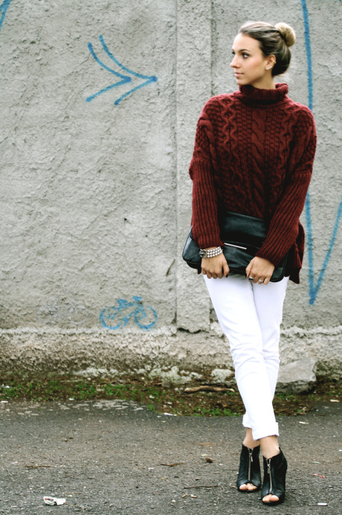 The Burgundy Sweater. www.styleupdate.com.br