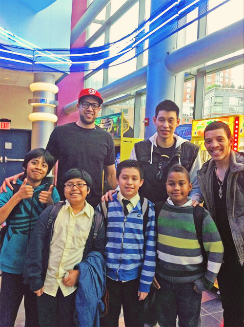 5/17/12 Fan Pic Of The Day @FreshYouth_FYI bumped into @JLin7 and @Landry Fields at the movies yesterday