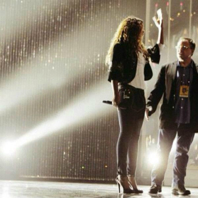 blovers-photos:  Beyonce rehearsing for the Revel Resorts Concert Series on May 25 to 28.