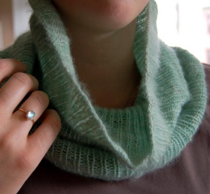 One of my all-time favorite patterns is the cowl, which is technically just a knitted tube. But, when I slip it over my head it becomes a softly draping beautiful necklace that I want to wear every day from December til March. (via Cashmere Cowl - the purl bee)