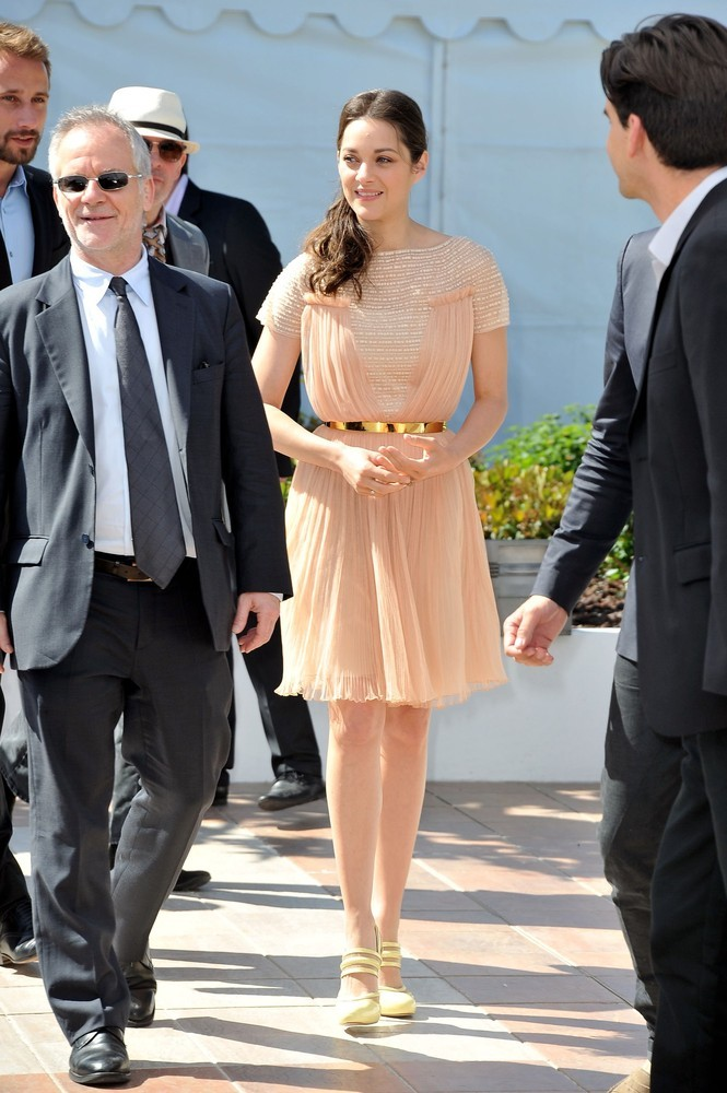 Marion Cotillard at the Cannes FIlm Festival photocall for De Rouille et D'os, May 17th