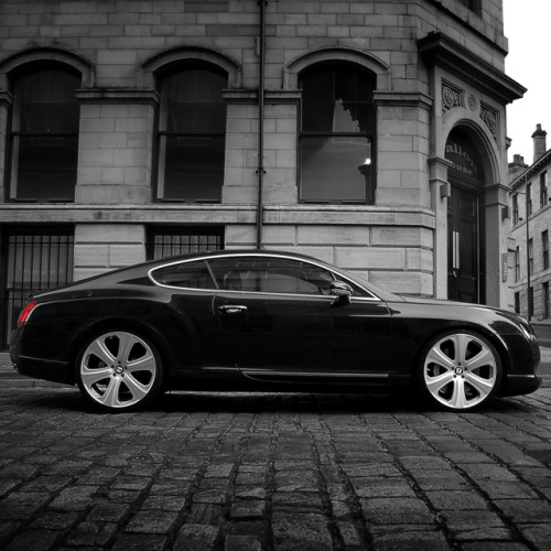 Things i love: Bentley GTS Black Edition by Project Kahn