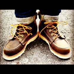 chimpbutin:  #WEINBRENNER #MOCTOE #boots #nudie #denim #jeans #moc #toe #steeze #photography #instagram (Taken with instagram)
