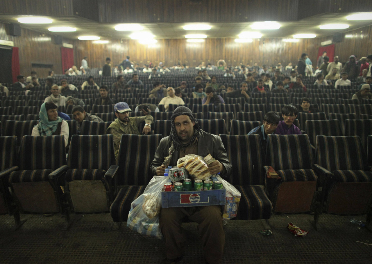 In pictures: Popcorn and a movie in Afghanistan http://bit.ly/JLxElm A look inside Afghan cinemas from @dansiddiqui