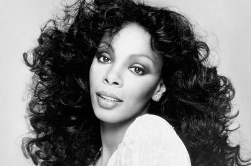 "Donna Summer, Queen of Disco, Dead at 63 In a statement released Thursday afternoon, the singer's family said they are ""at peace celebrating her extraordinary life and her continued legacy."" No other details have been released, and there are conflicting reports on what kind of cancer she had. Read the full story and see photos from Donna's life."