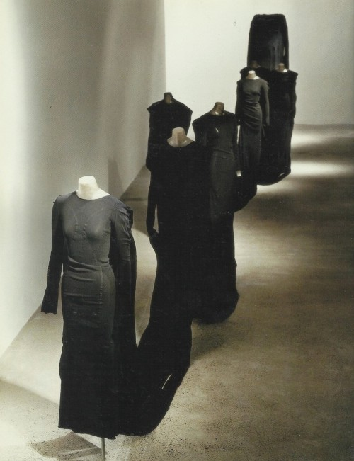 petrole:  issey miyake making things exhibition, paris 1998