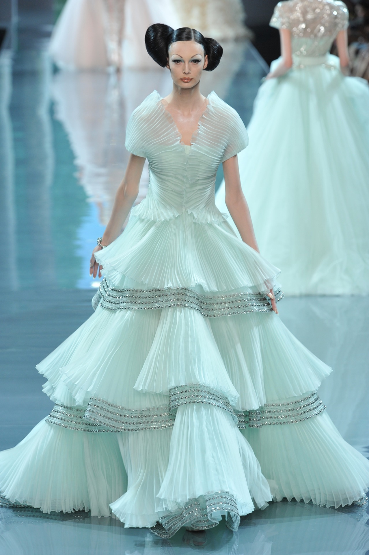 scarletto-hara:  Christian Dior Haute Couture Fall Winter 2008/2009