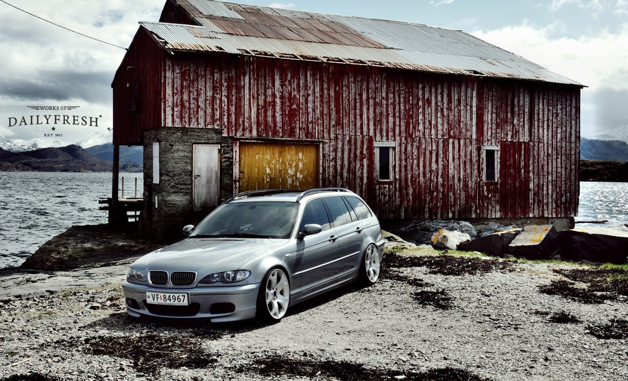 thebmwblog:  Usually not a fan of the touring… but this is just perfect!