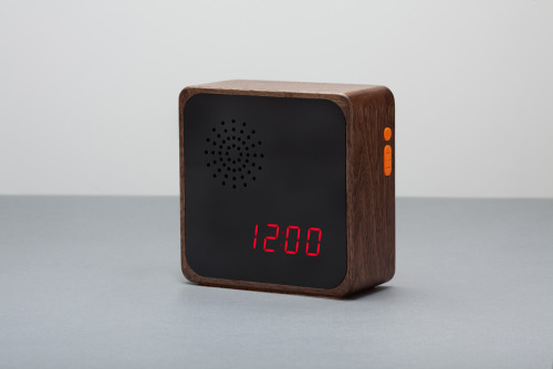 Hand made clocks by http://furni.bigcartel.com/