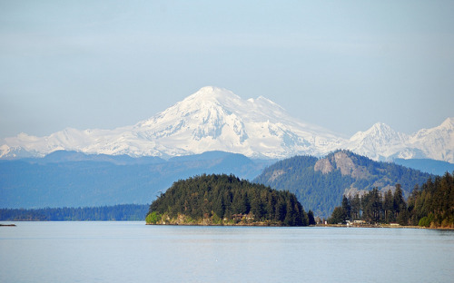 washingtonmyhome:  Majestic Mt.Baker, by Arun Yenumula.Puget Sound, Washington.