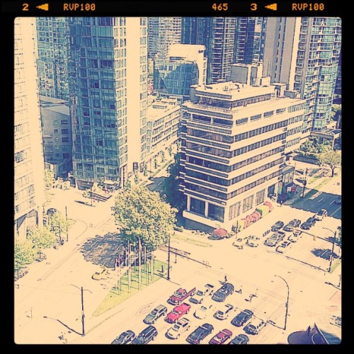 #instagram #igers #bestoftheday #pictoftheday #awesome #vancouver #jj #jj_daily #trafic #westgeorgiast # (Taken with Instagram at West georgia)