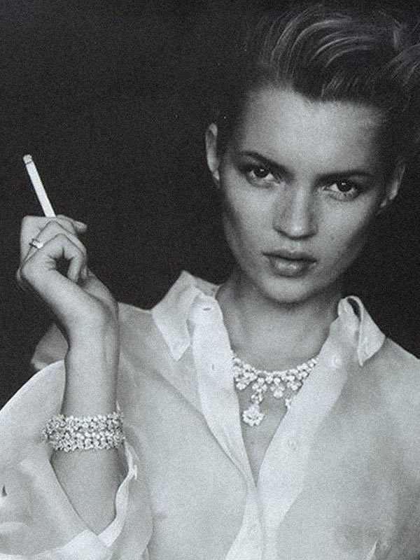Camicia Bianca Kate Moss by Paolo Roversi for Vogue Italia February 1996